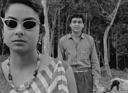 MARDI 12 JANVIER À 19H : LE LÂCHE de Satyajit Ray